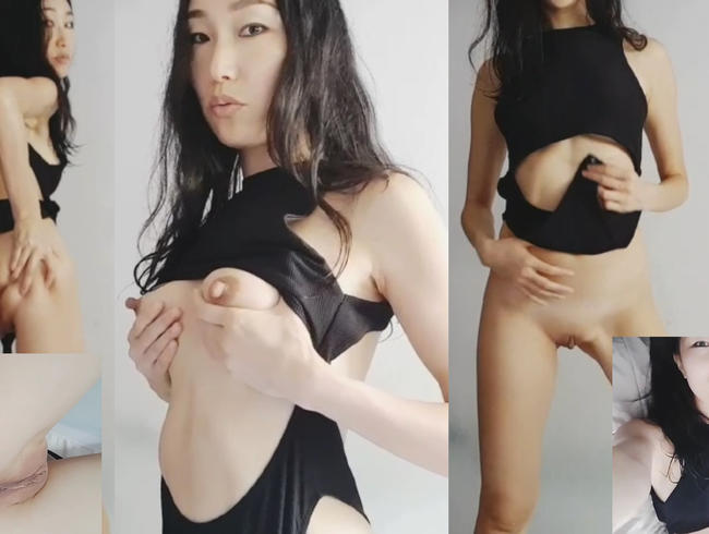 Trick-hard monster cock bangs me doggy!